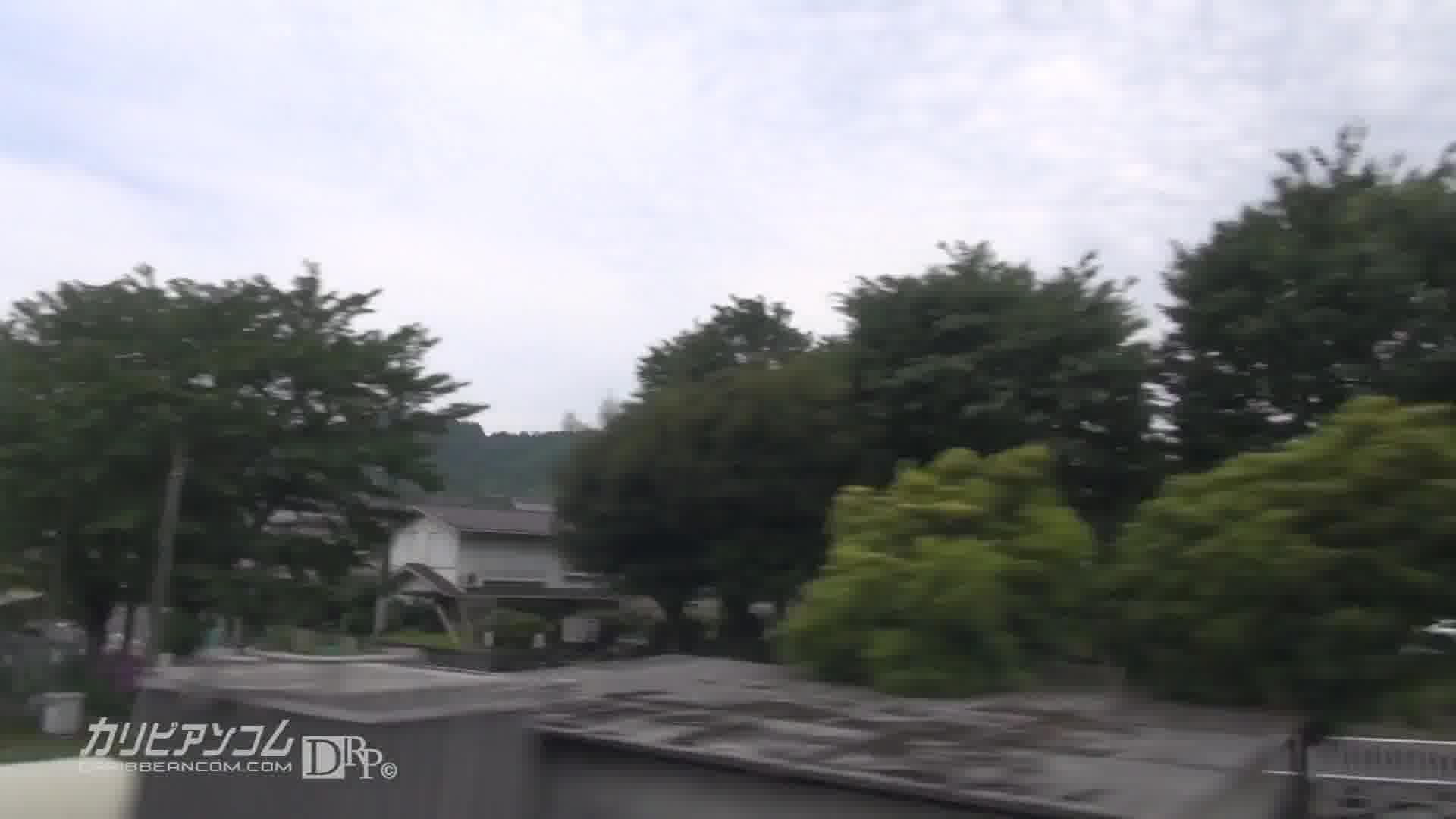 痴漢電車 ~声が出せないリクスー娘~ - 木村つな【痴漢・イラマチオ・中出し】
