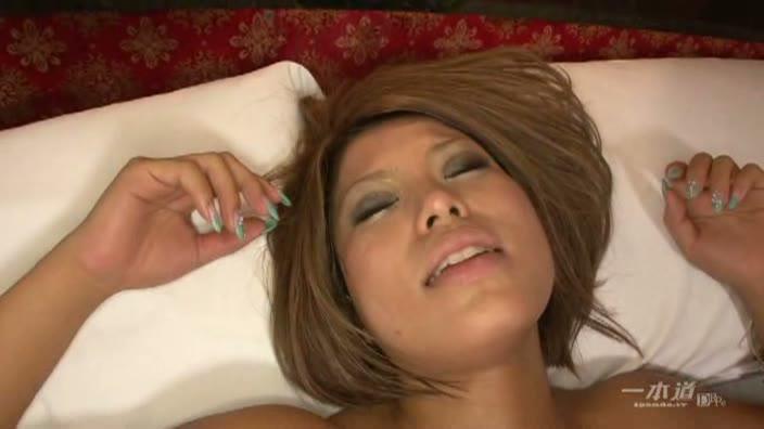 黒デリヘル嬢の裏本番【黒澤愛希】