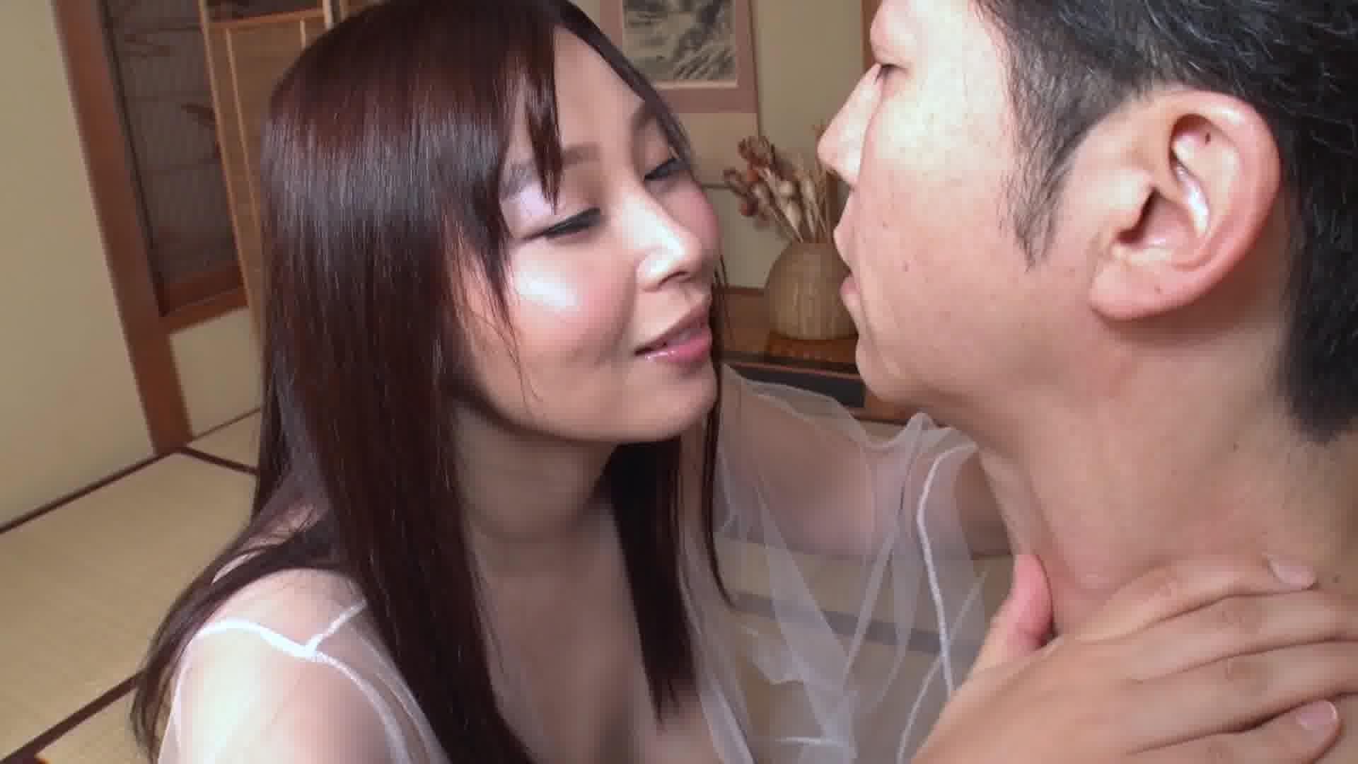 洗練された大人のいやし亭 ~ムチムチ肌でもてなす菊門の宴~ - 小川桃果【巨乳・着物・中出し】