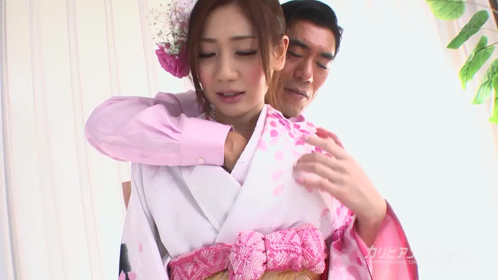 着物の下は卑猥な美マン - 前田かおり【ぶっかけ・浴衣・中出し】