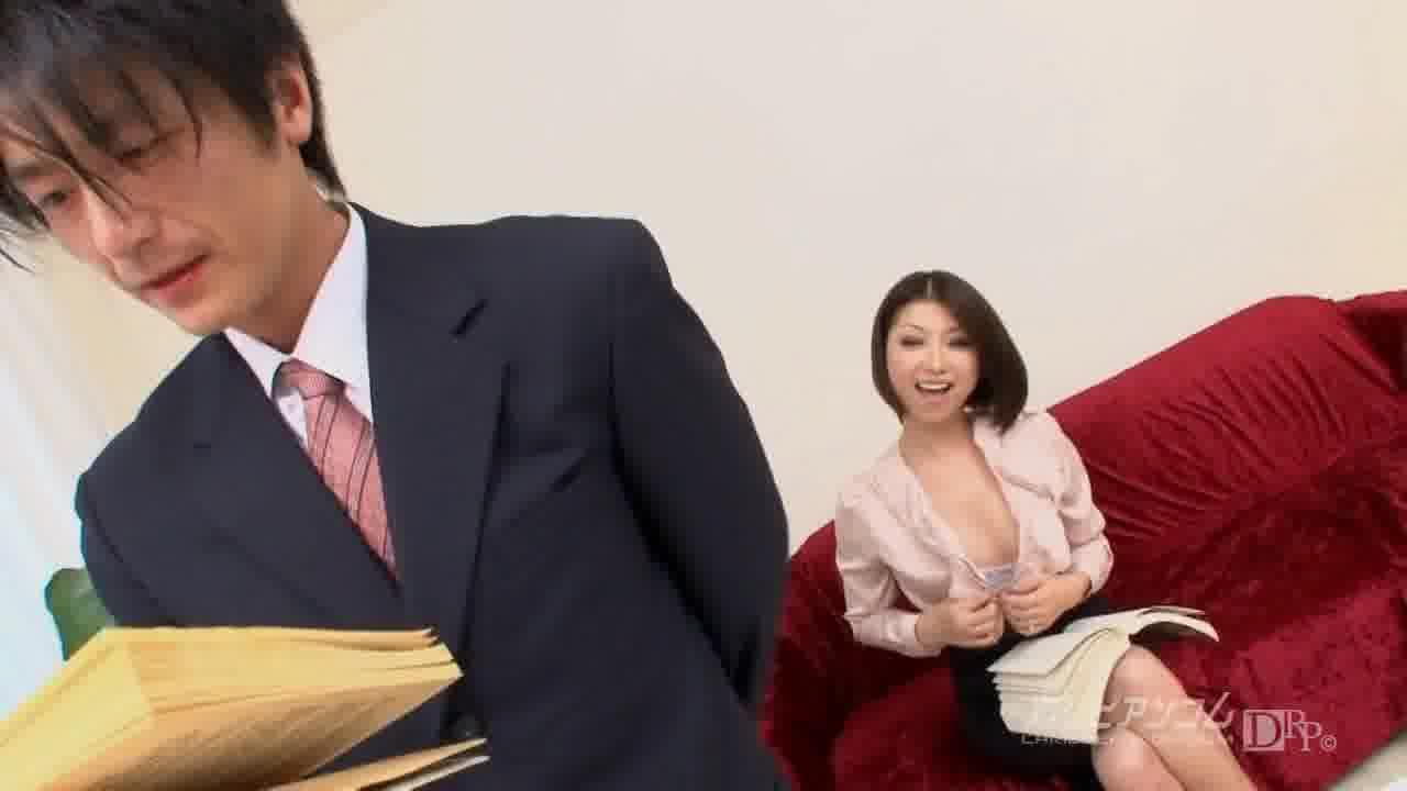 極上セレブ婦人 Vol.3 前編 - TSUBAKI【痴女・ごっくん・中出し】