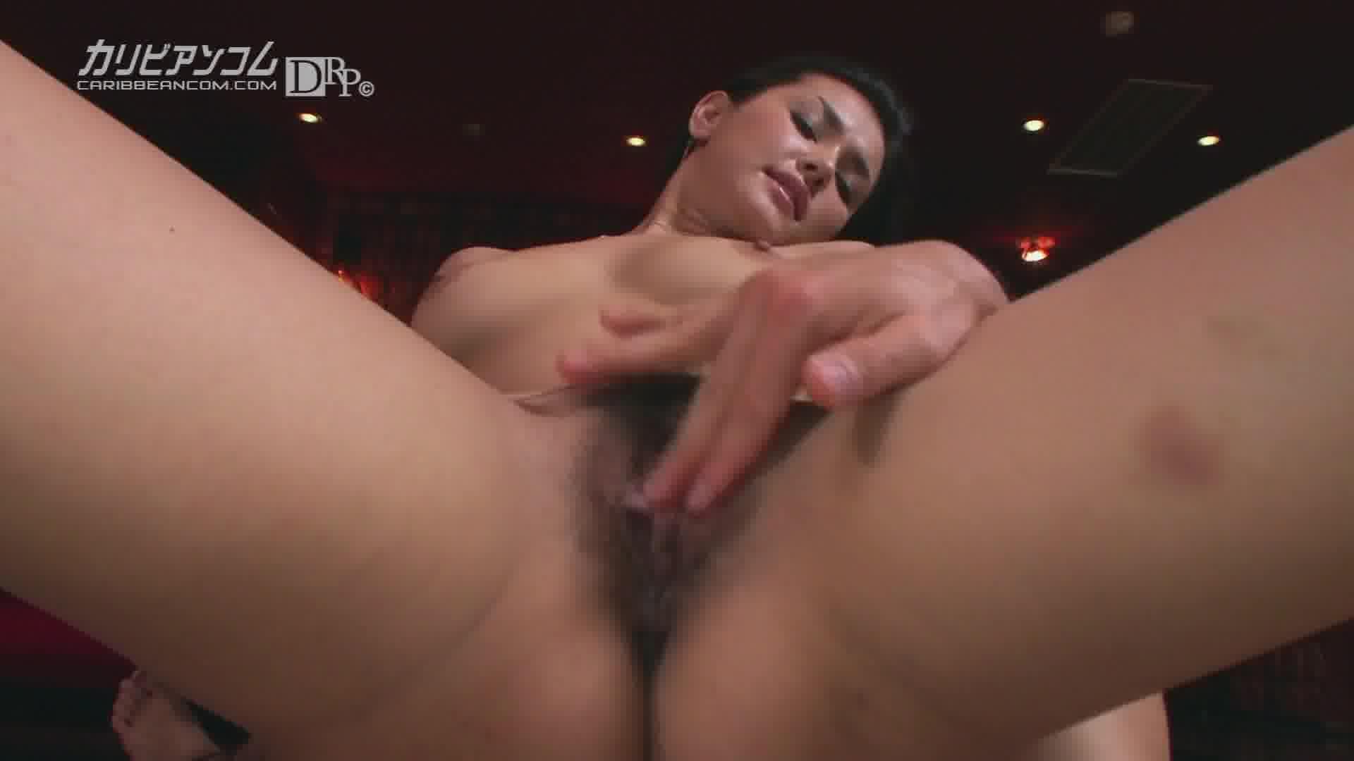 美獣マリア 前編 - 小澤マリア【痴女・水着・巨乳】