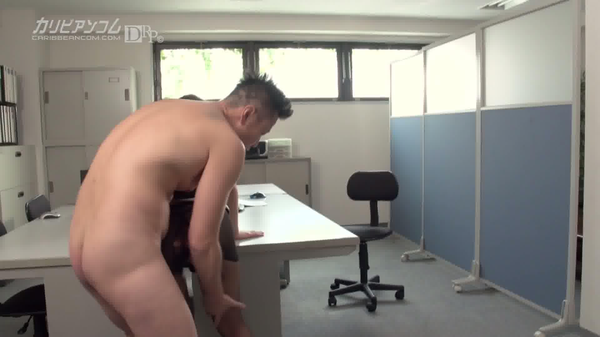 淫乱OLの下半身事情 - 丘咲エミリ【ギャル・スレンダー・OL】