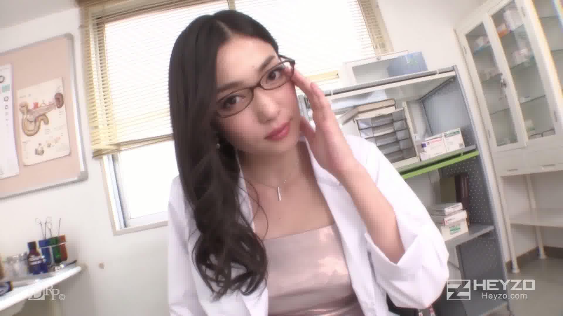 美痴女~Sな女医の快楽治療~ - 江波りゅう【手コキ フェラ抜き】