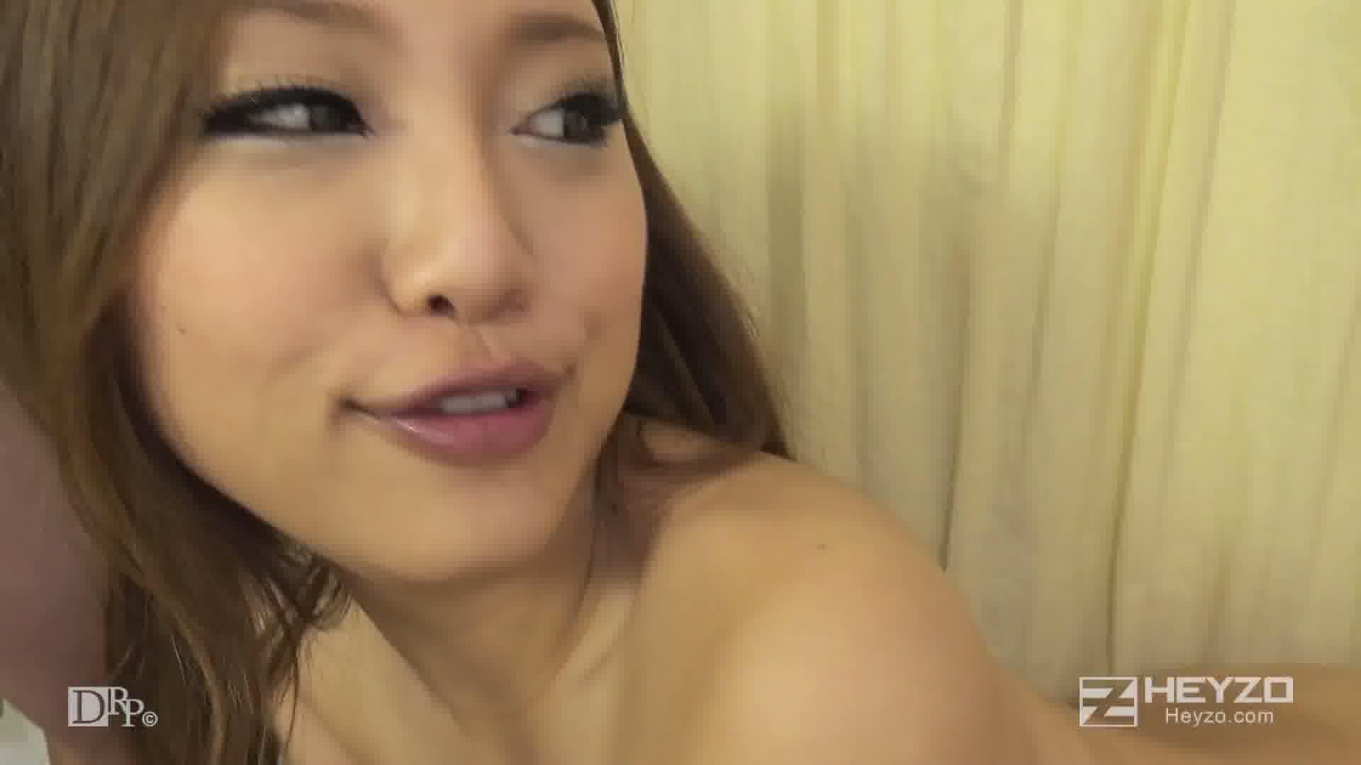 ボクの義母はビッチなエロギャル - 武井麻希【フェラ 顔面騎乗 アナル舐め 騎乗位 Wフェラ】