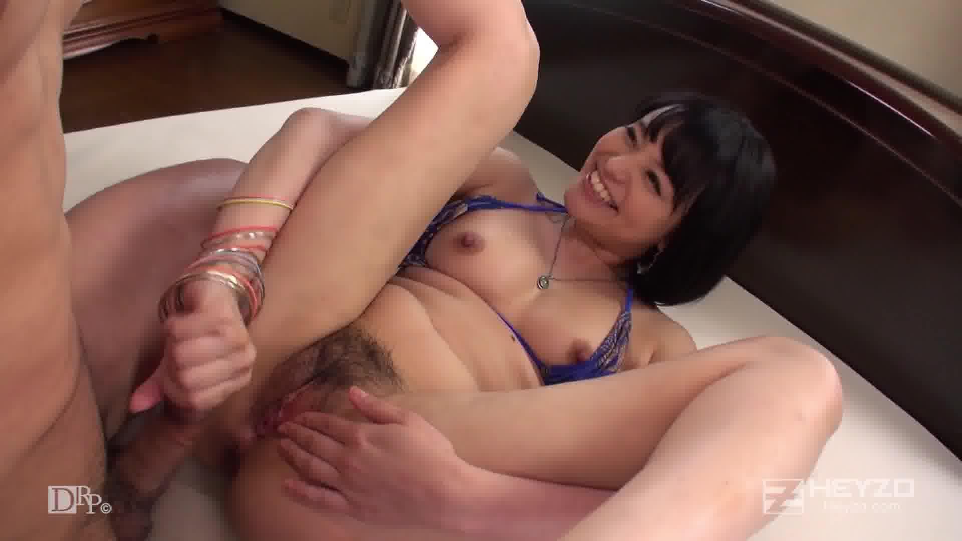 サマーヌード ~天然美少女と真夏の水着SEX!~ - 青山未来【美乳・水着・中出し】