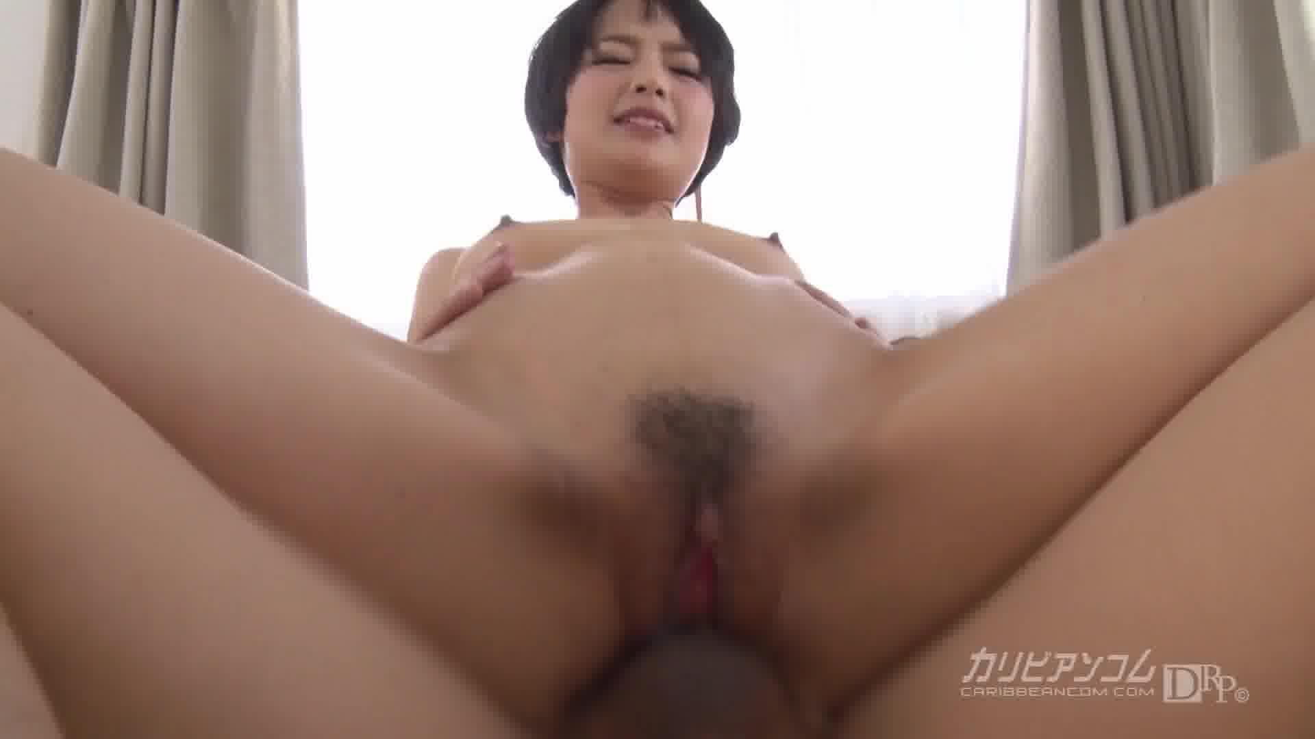 女熱大陸 File.050 - 羽田真里【スレンダー・クンニ・中出し】