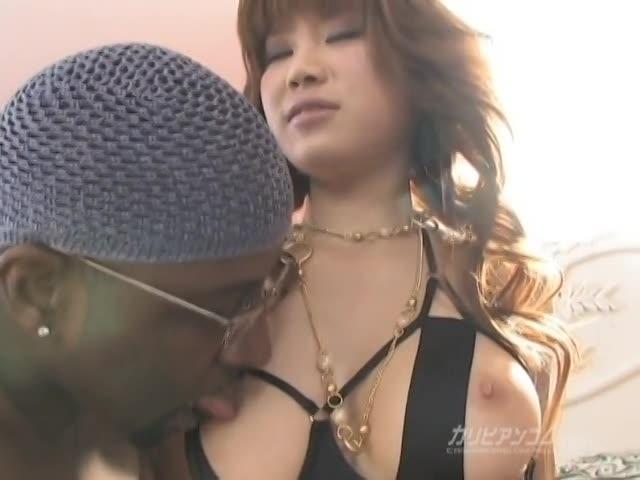 ブラックデカマラ・パーティー 前編 - 瀬咲るな【巨乳・水着・痴女】