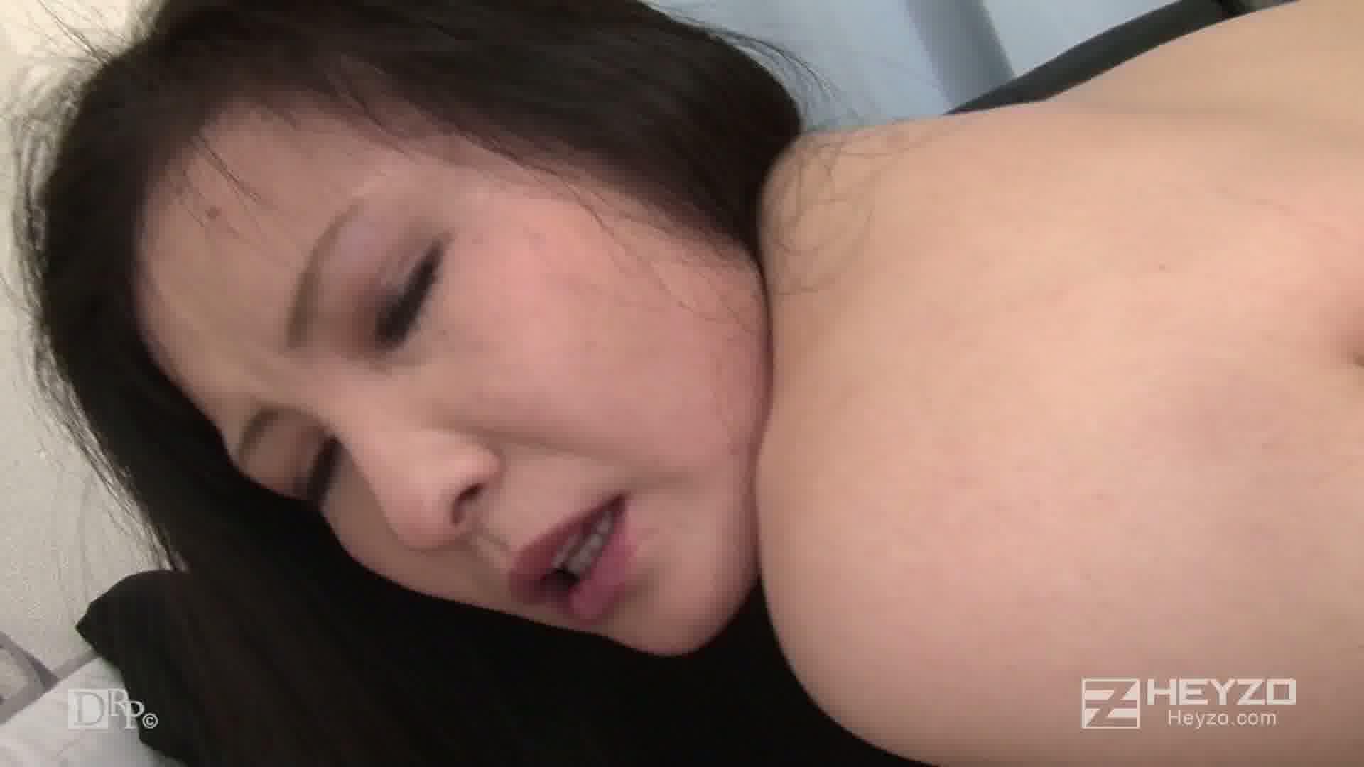 夫に内緒!背徳セックスを堪能する淫乱部長夫人 - 山下やよい【ベロチュー 指マン フェラ 69 オナニー バック】