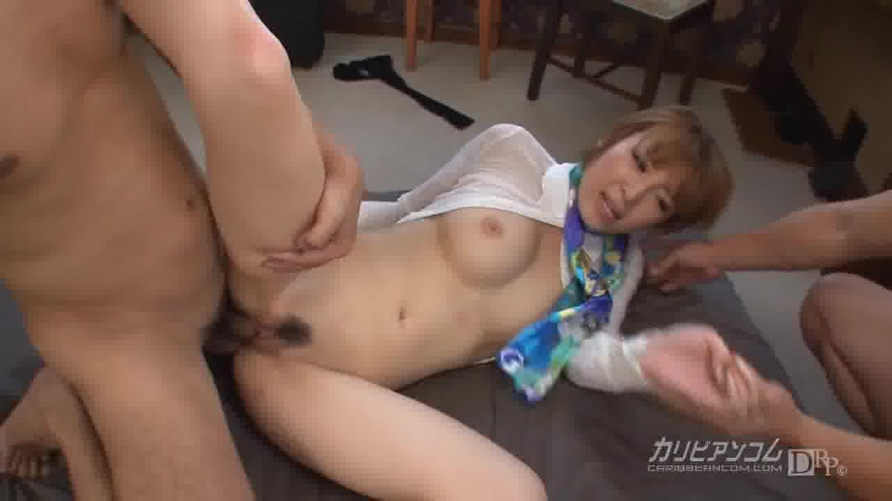 汚されたCA – 椎名ひかる【制服・乱交・中出し】