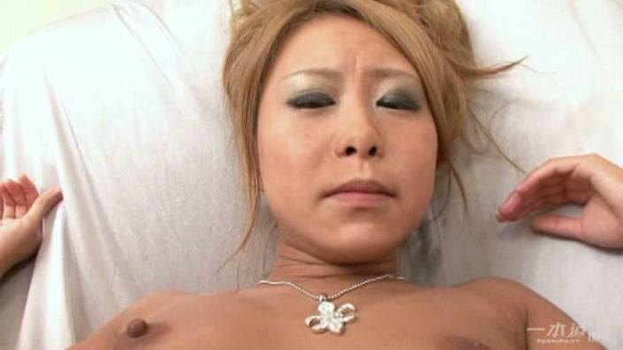 初心な制服ロリの性感帯【白砂ゆの】