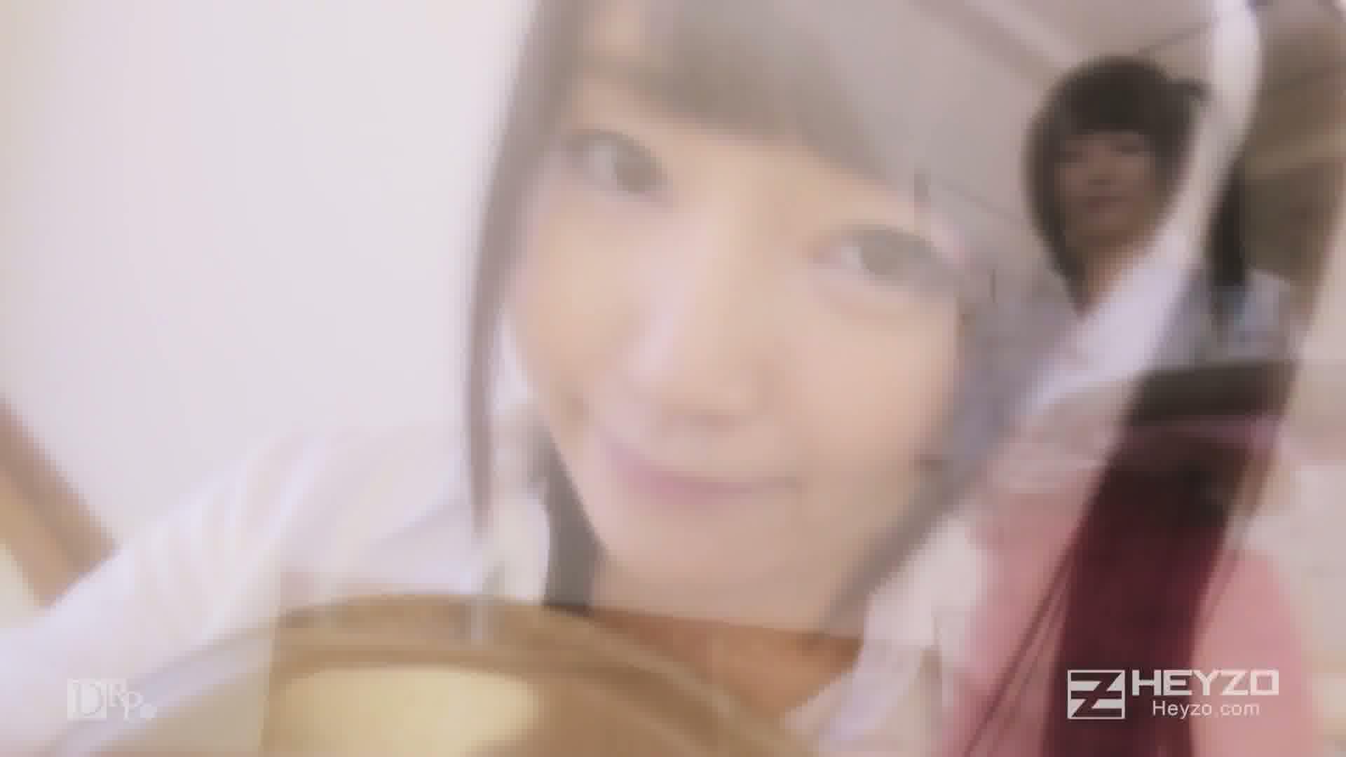 カフェでバイト中のロリっ娘をハメる~ミルクは多めでお願いします~ - 木村つな【休憩中 フェラ クンニ 立ちバック 中出し】