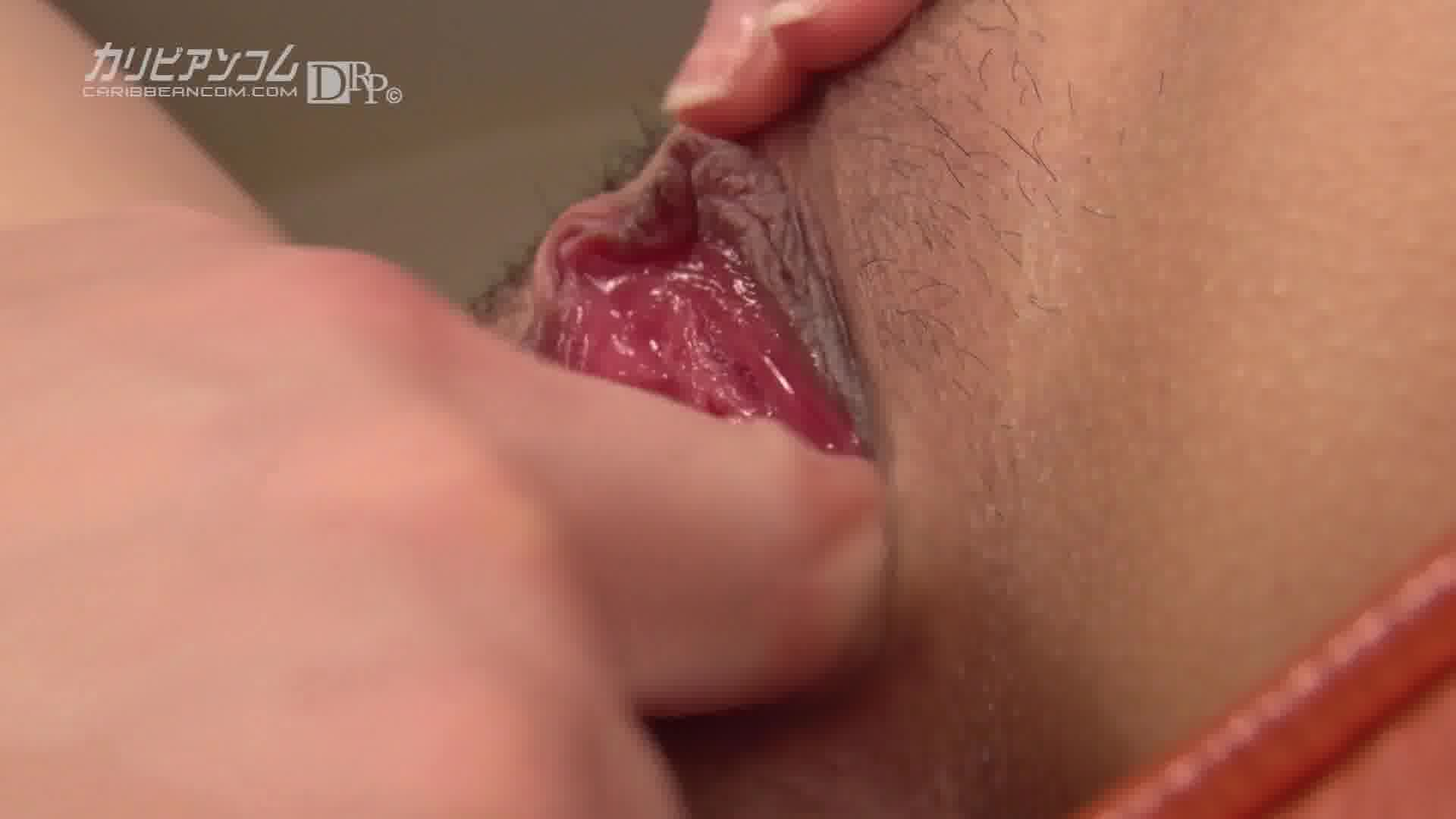 マンコ図鑑 山手栞 - 山手栞【美乳・スレンダー・オナニー】