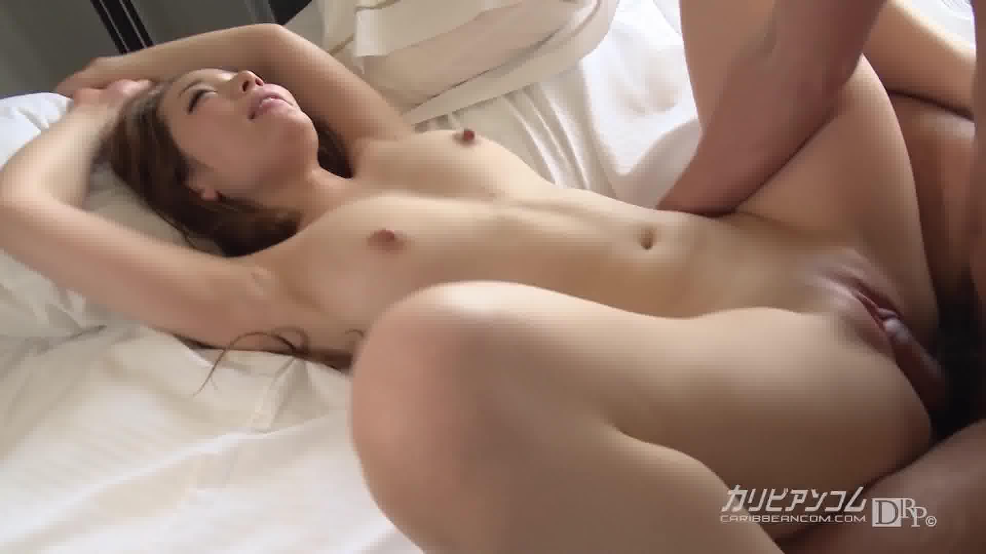 恍惚 ~元Jリーガーを虜にした濃密セックス~ - 真白愛梨【ギャル・パイパン中出し】