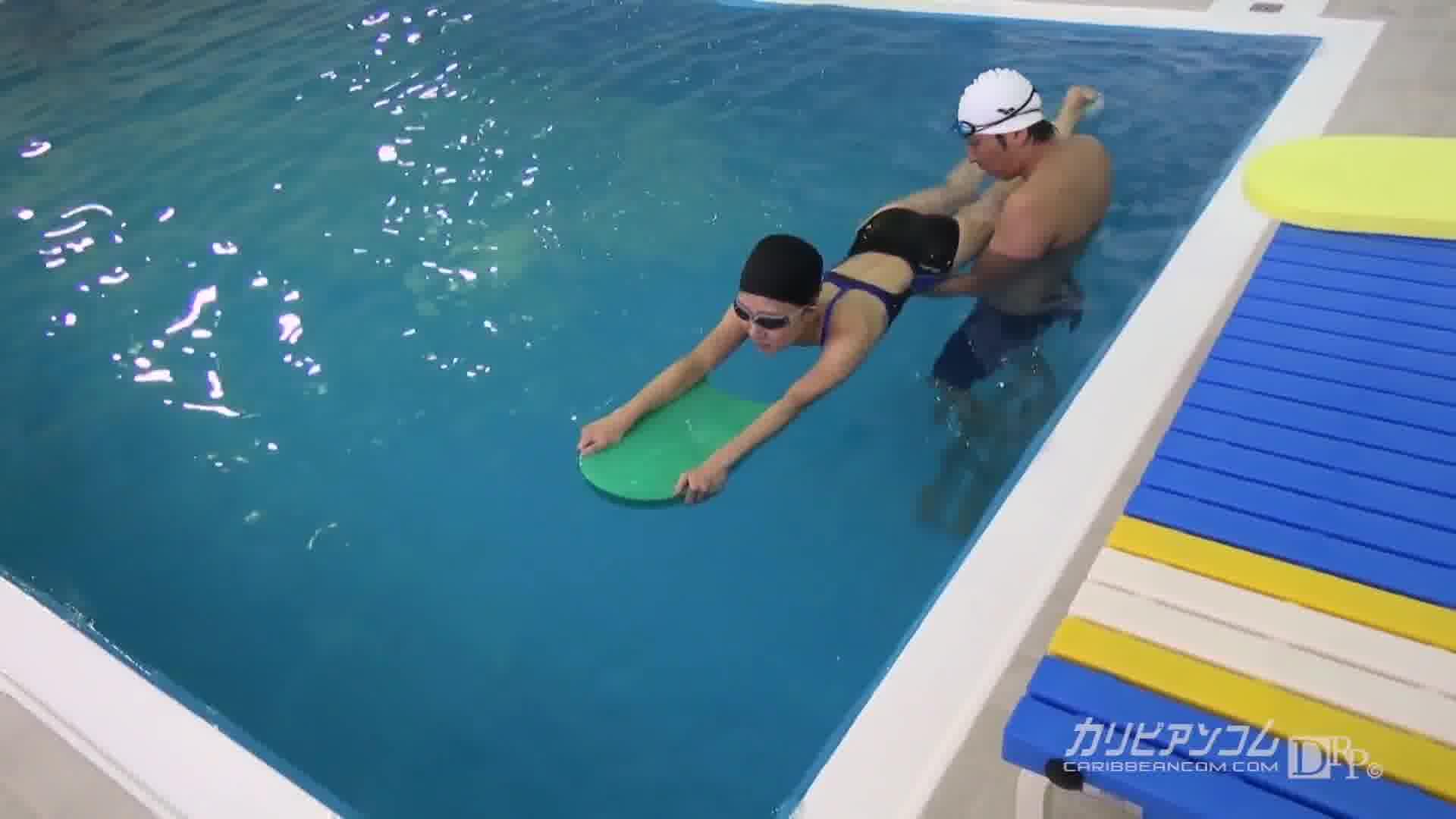 競泳水着狩り ~そんなに触られたらバタ足が止まらない~ - 藤井なな【水着・スレンダー・美乳】