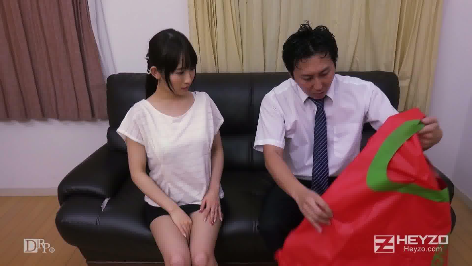 淫らな二人羽織~下の口でニンジンいただきます!~ - 美咲結衣【二人羽織練習】