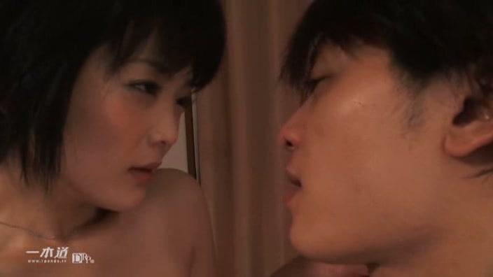 First Love〜記念日〜【日高ゆりあ】