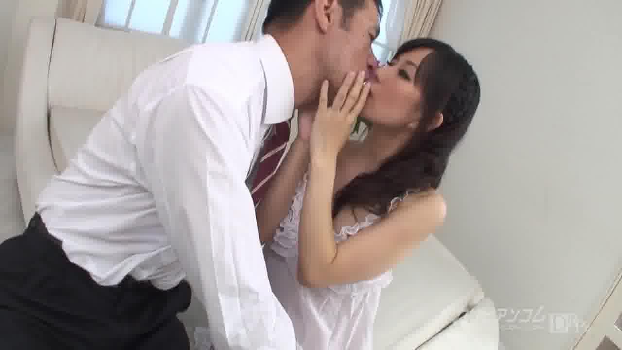 卑猥な肉体のファーストレディ 後編 - 小向まな美【ザーメン・69・口内発射】