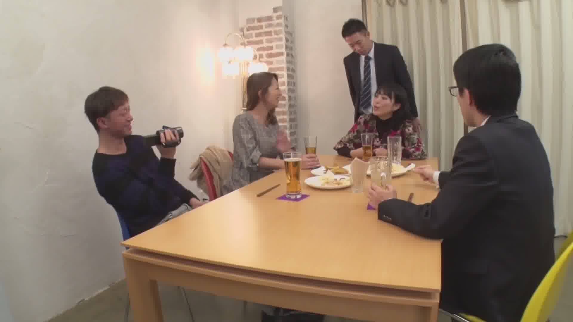 同級生が集う新年会で実際に存在する不倫妻の情事 - 玲奈【巨乳・パイズリ・中出し】