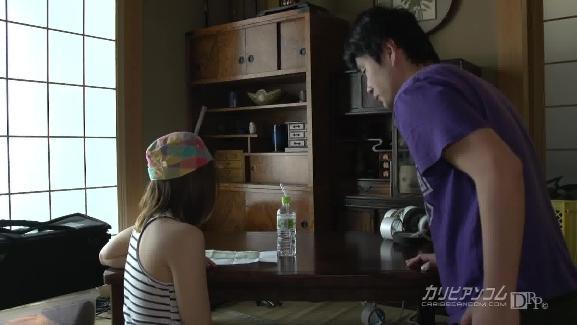 国民的アイドルA.K.の妹が無修正デビュー - 日向優梨【ザーメン・クスコ・初裏】
