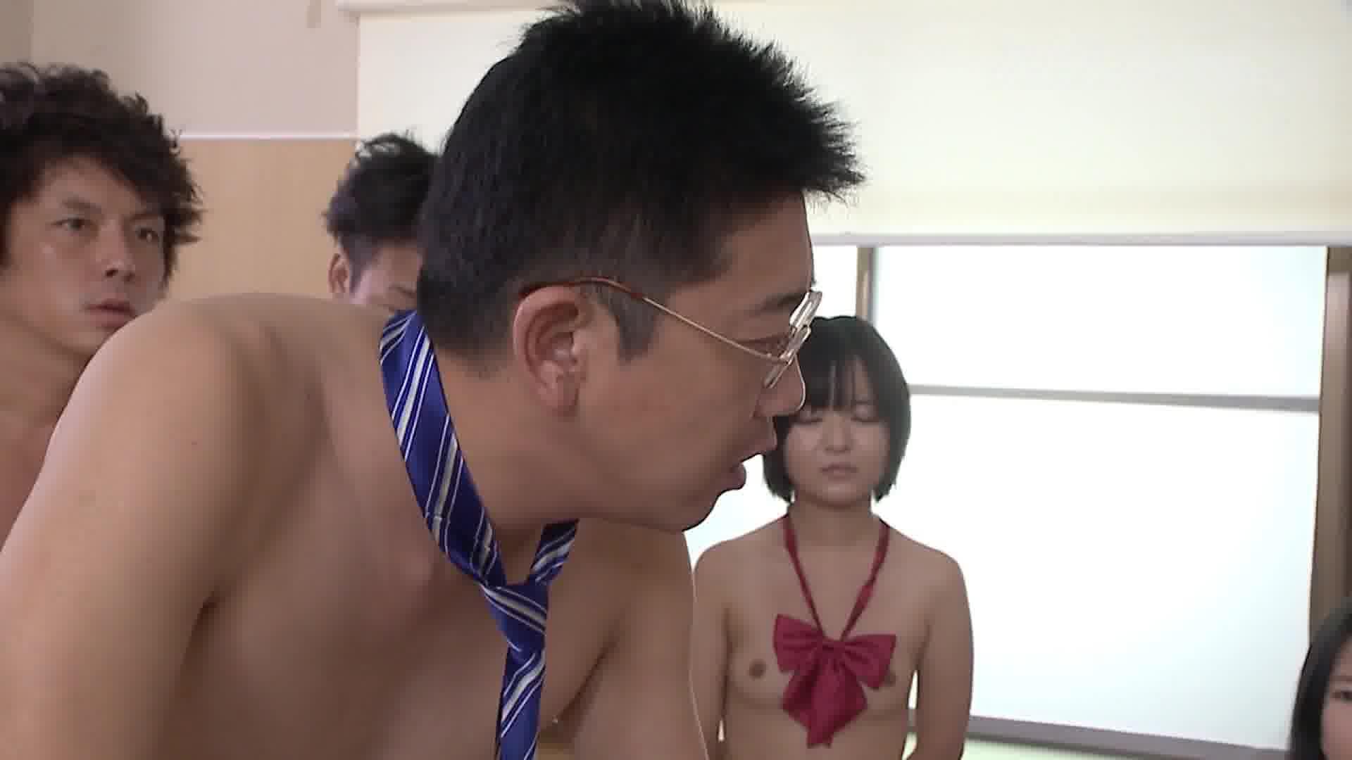 全裸de登校日 Part.1 - 薫ひな【コスプレ・制服・企画者】