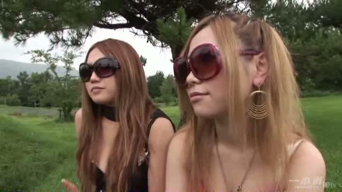 グラドル vol.054 デカサン 〜夏のおもひで〜【山星夕菜 秋山めぐ】