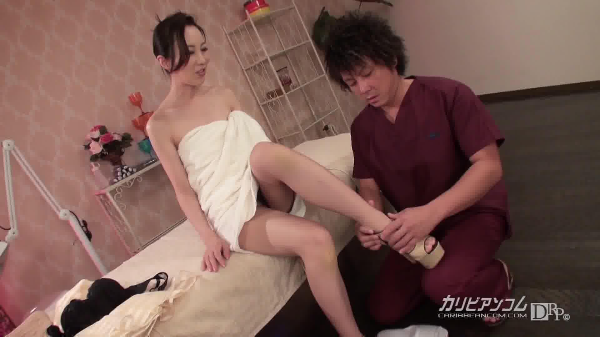 極上セレブ婦人 Vol.11 - 黒羽みり【美乳・スレンダー・中出し】