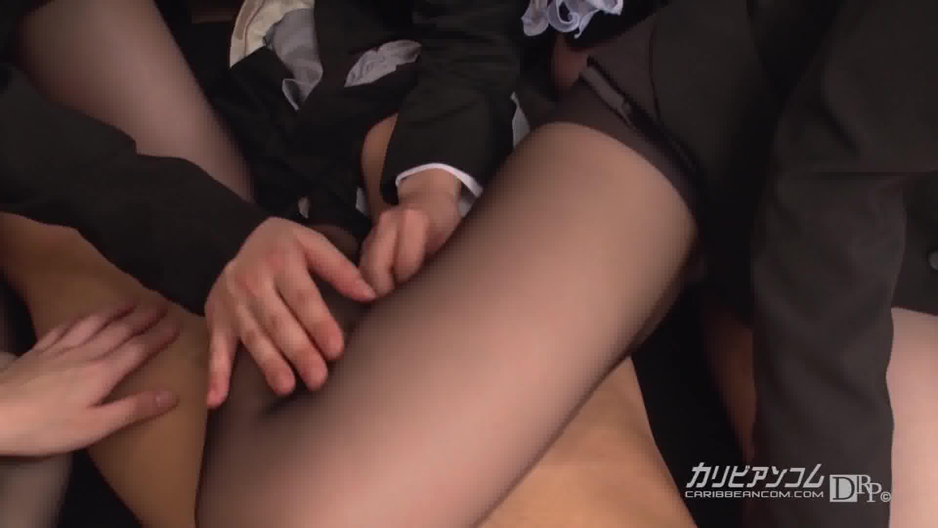 THE 未公開 ~マニア度が違うムレムレ足コキ~ - 綾瀬ゆい【ギャル・痴女・パイパン】