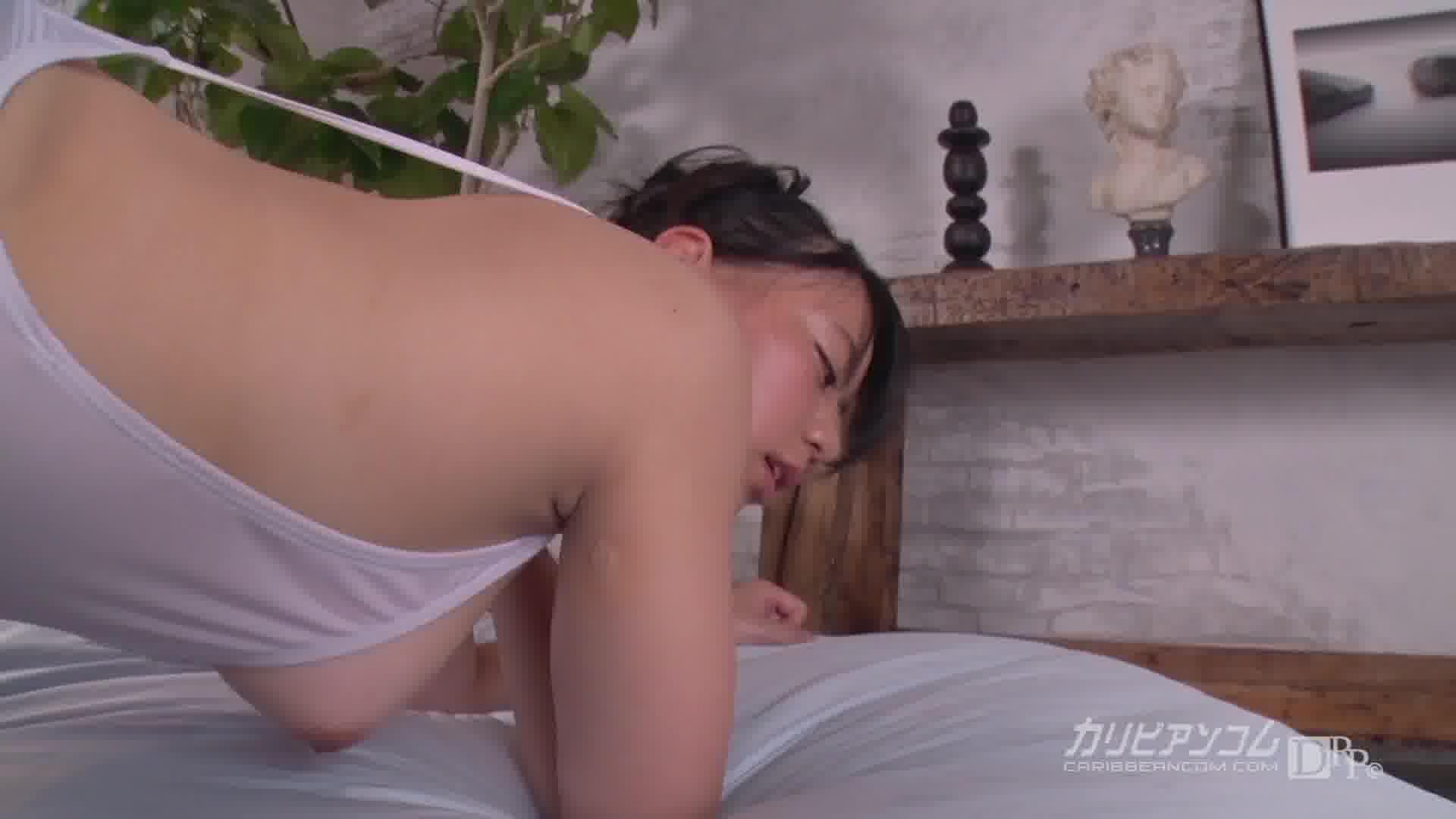 ローションまみれのスケスケ水着 - 白石真琴【水着・巨乳・中出し】