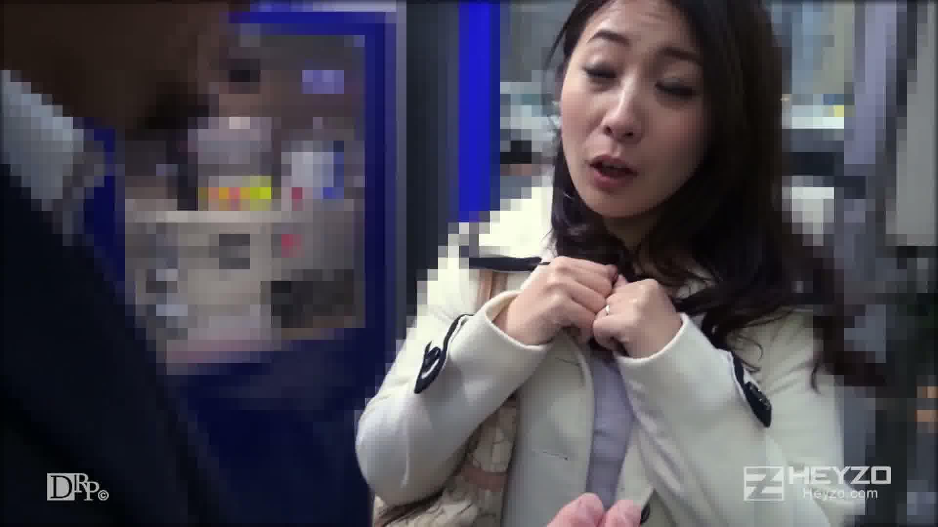 奥さん、ヌルヌルモニターやりませんか? - 結城恋【勧誘 アンケート ローション実践】