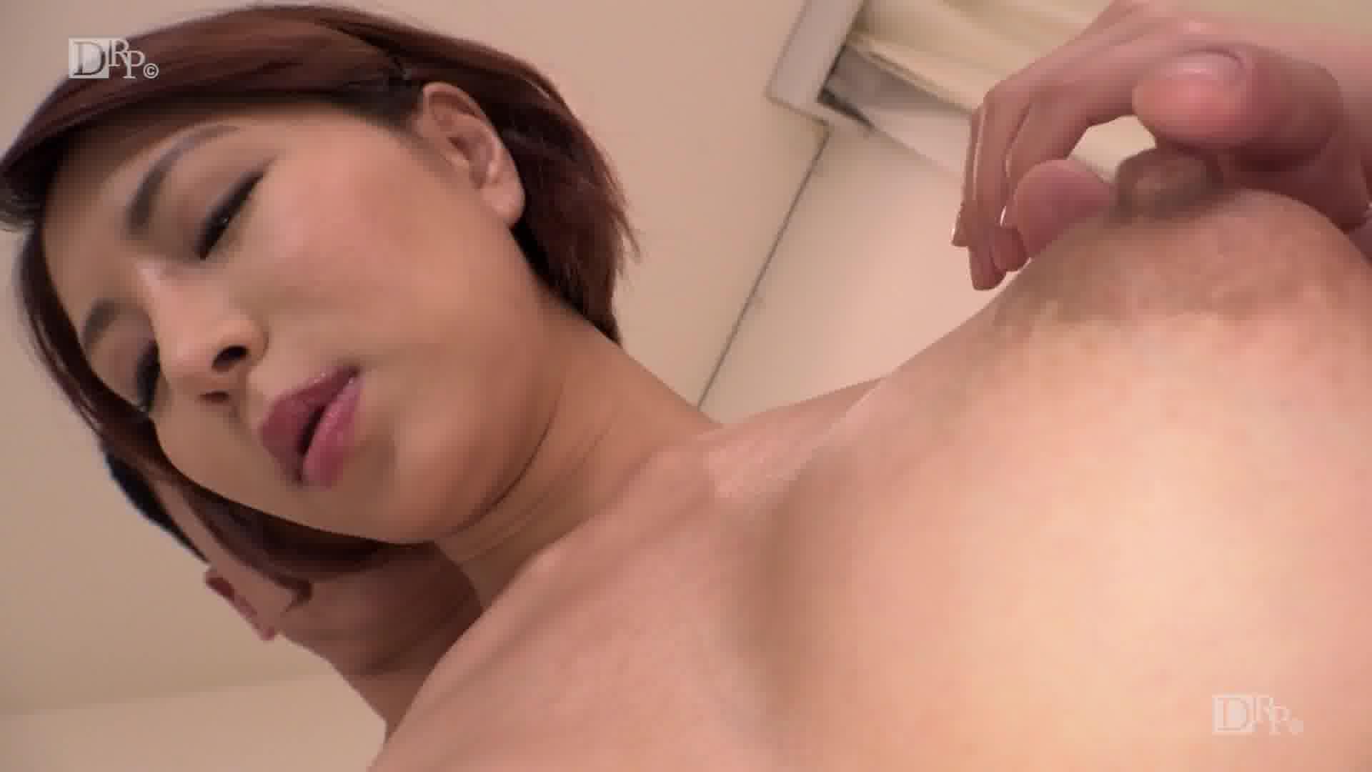 信じられない魅惑のクビレ - 枢木みかん【巨乳・スレンダー・パイズリ】