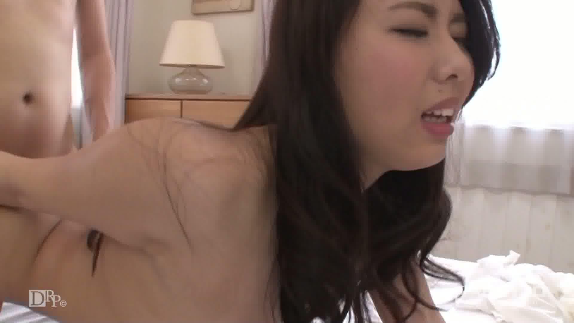 ノンストップで精子注入! - 本間明南【中出し×3】