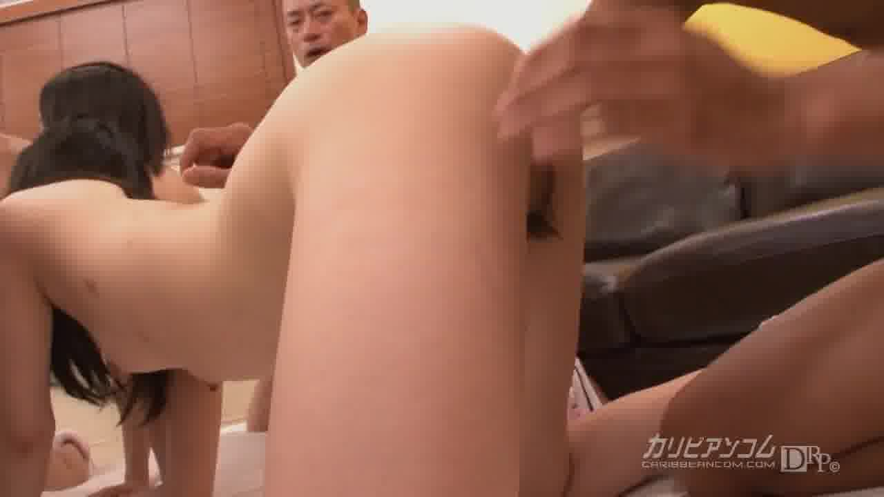 KARI - 小宮山せりな【乱交・コスプレ・中出し】