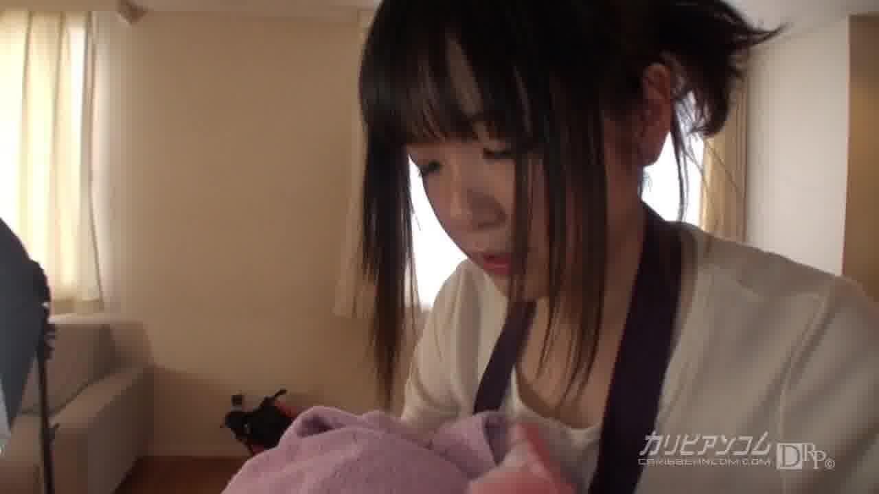 初めてAVの撮影現場に来た新人女カメラマン – 葛城まや【乱交・パイパン・クンニ】
