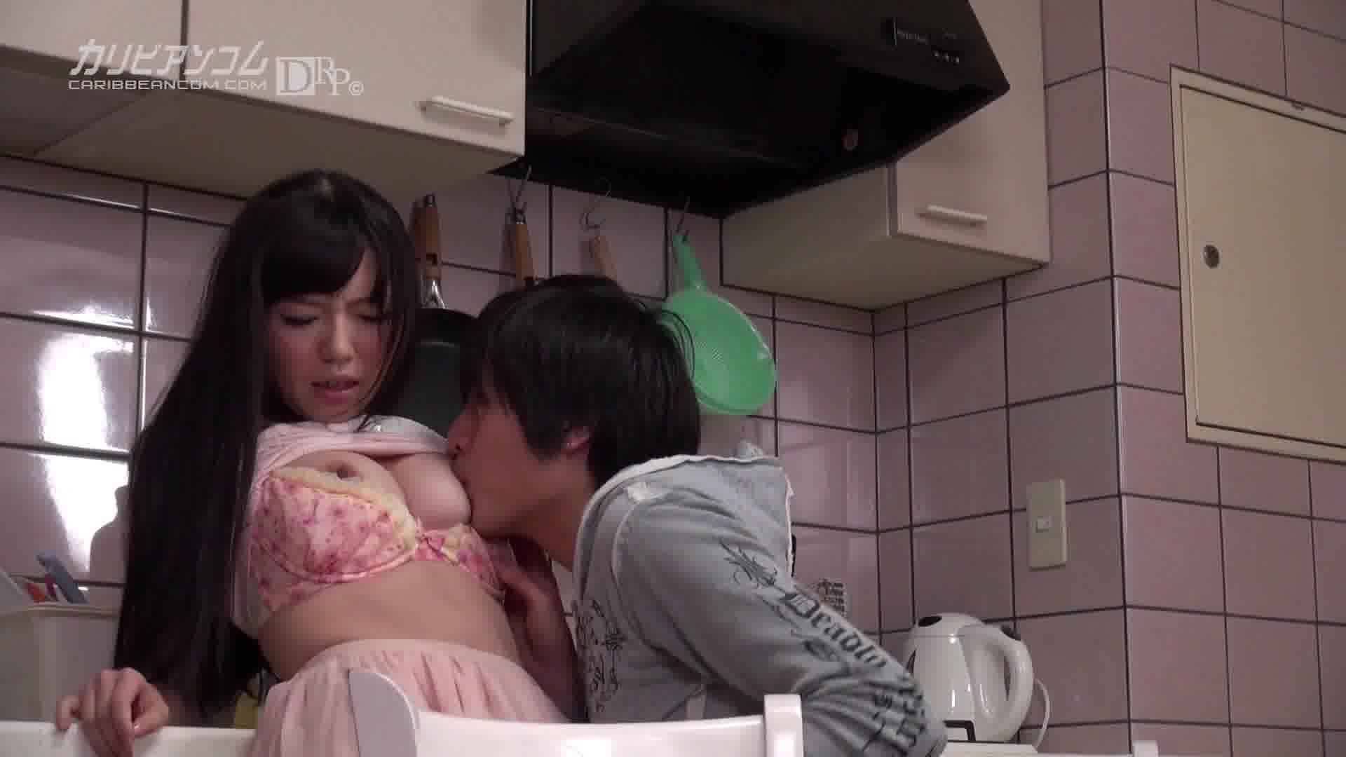妹のおっぱいが妙にプルプルしていてエロ過ぎる件 - 宮崎由麻【巨乳・企画物・中出し】