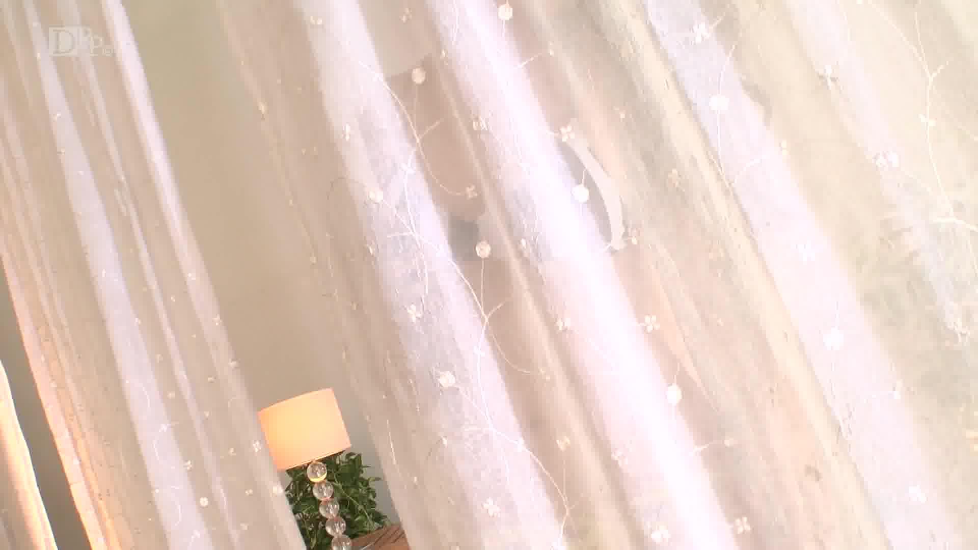 太陽の眩しい昼間に何度もイかせて - 小早川怜子【巨乳・水着・中出し】