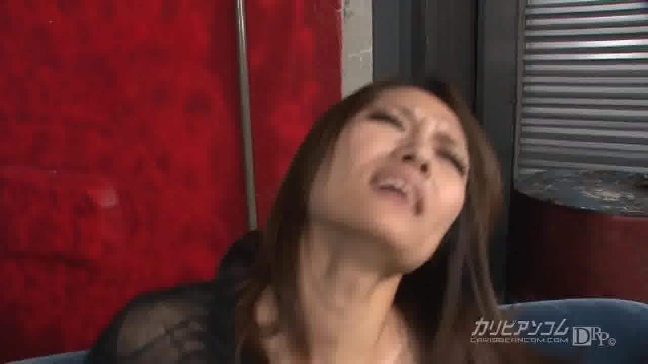 S級美女と野獣 - 藤本リーナ【スレンダー・潮吹き・中出し】