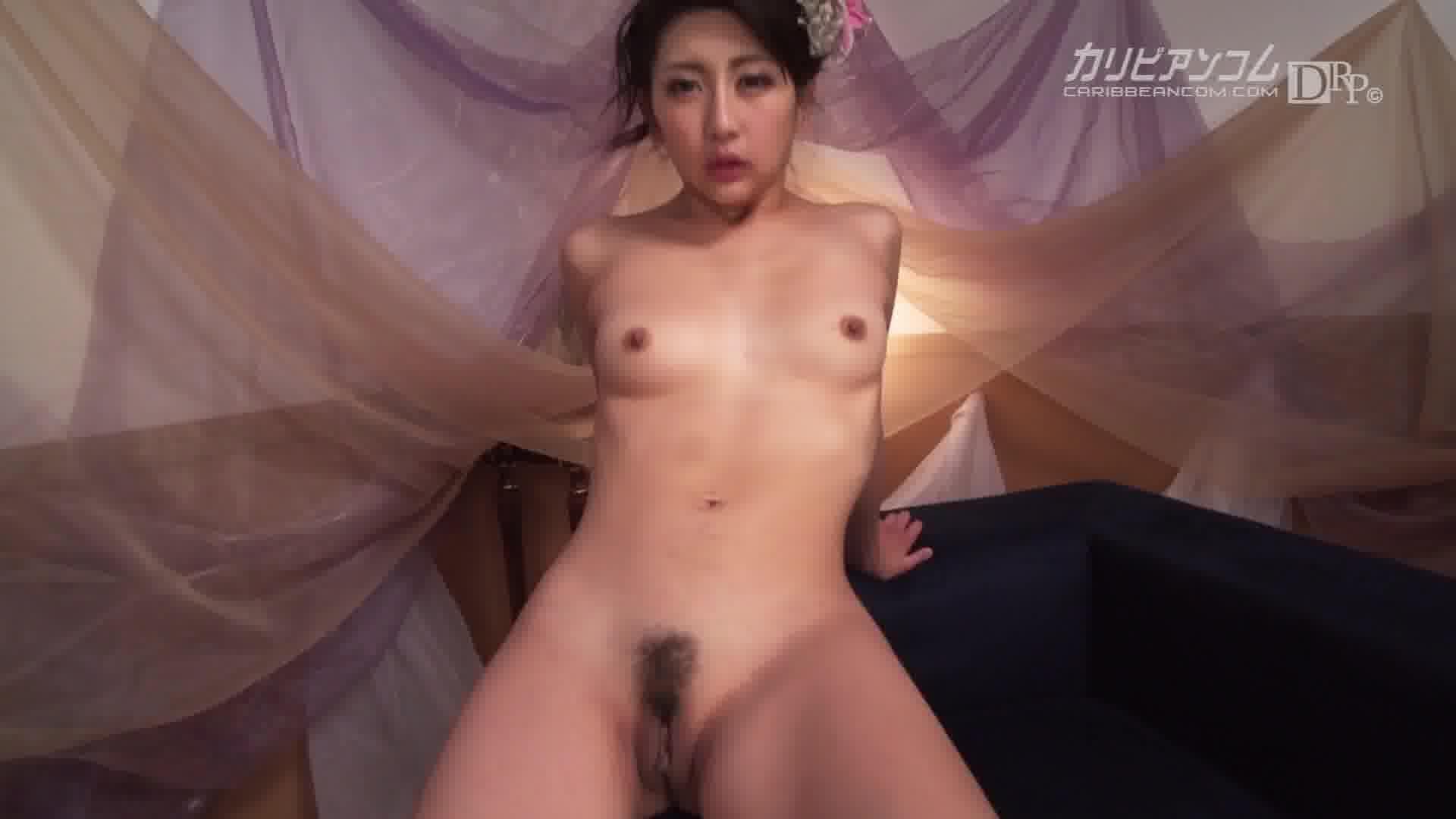 今年の漢字は肉ヒダの輪 - 白鳥ゆな【潮吹き・浴衣・痴女】