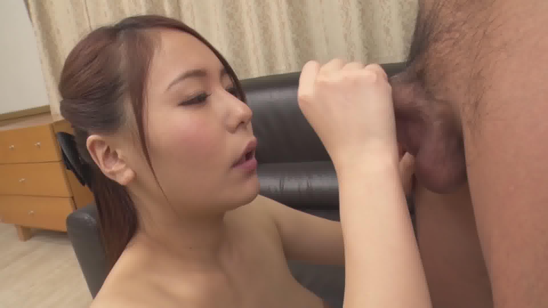 THE 未公開 ~顔射に興奮してオシッコしたくなっちゃった娘~ - いずみ美耶【放尿・ぶっかけ・顔射】