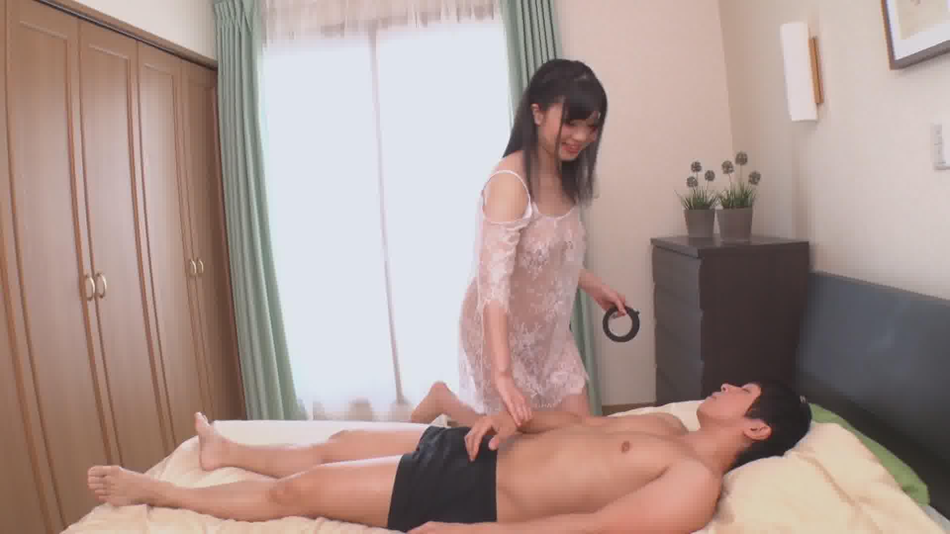 色白なムチムチボディのプッシーキャット - 藤沢えみり【痴女・巨乳・オナニー】