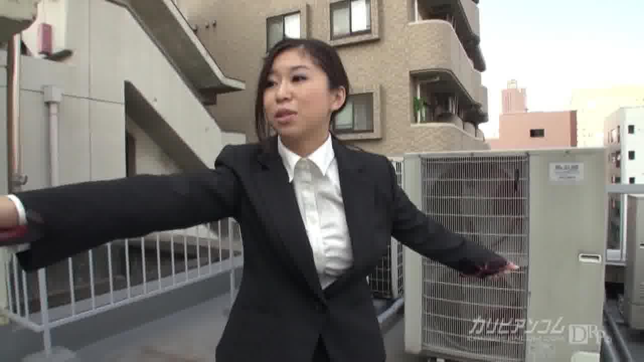 私は神様よ! 前編 - 翼裕香【痴女・巨乳・OL】