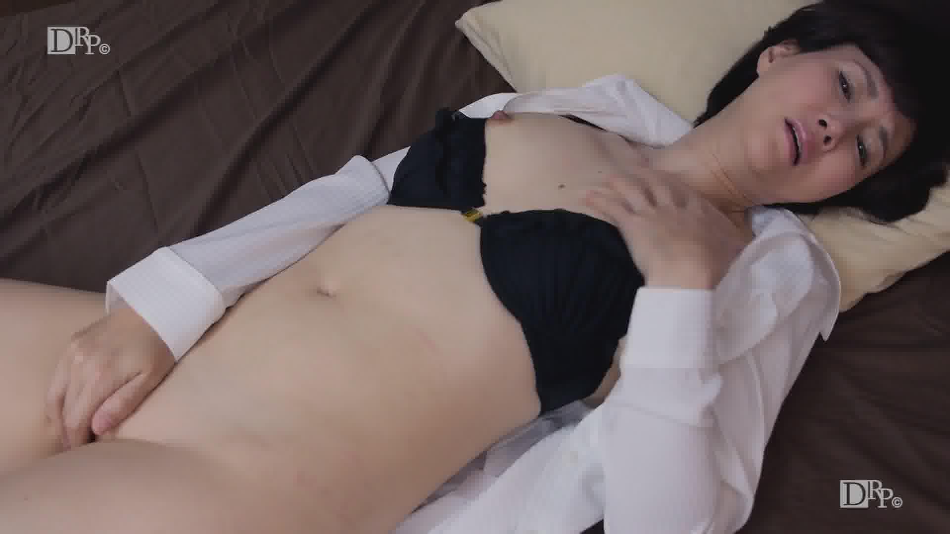 上品な美熟女のアソコがグジュグジュ - 赤坂ルナ【ハメ撮り・パイパン・中出し】