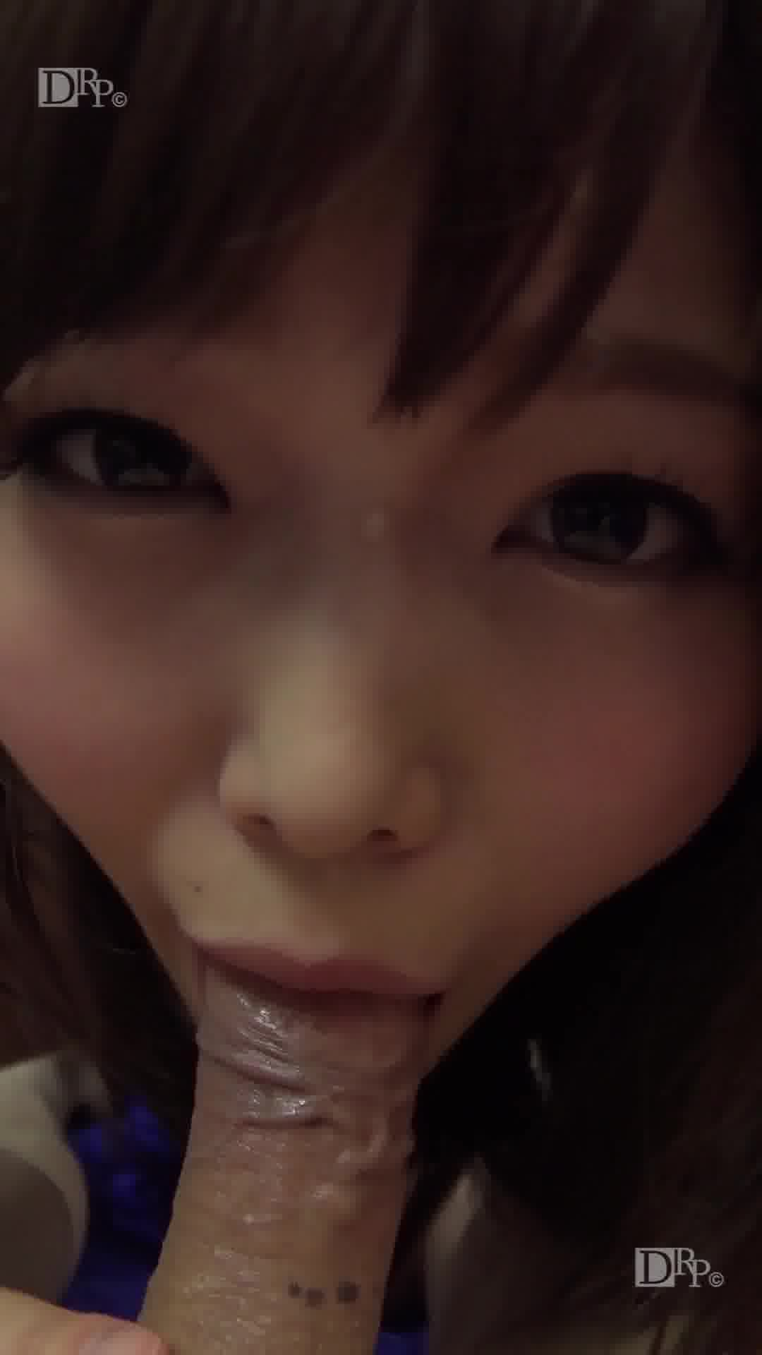 縦型動画 045 ~ベテラン女優の素股はほぼ生挿入の気持ち良さ~ - 碧しの【スレンダー・69・素股】