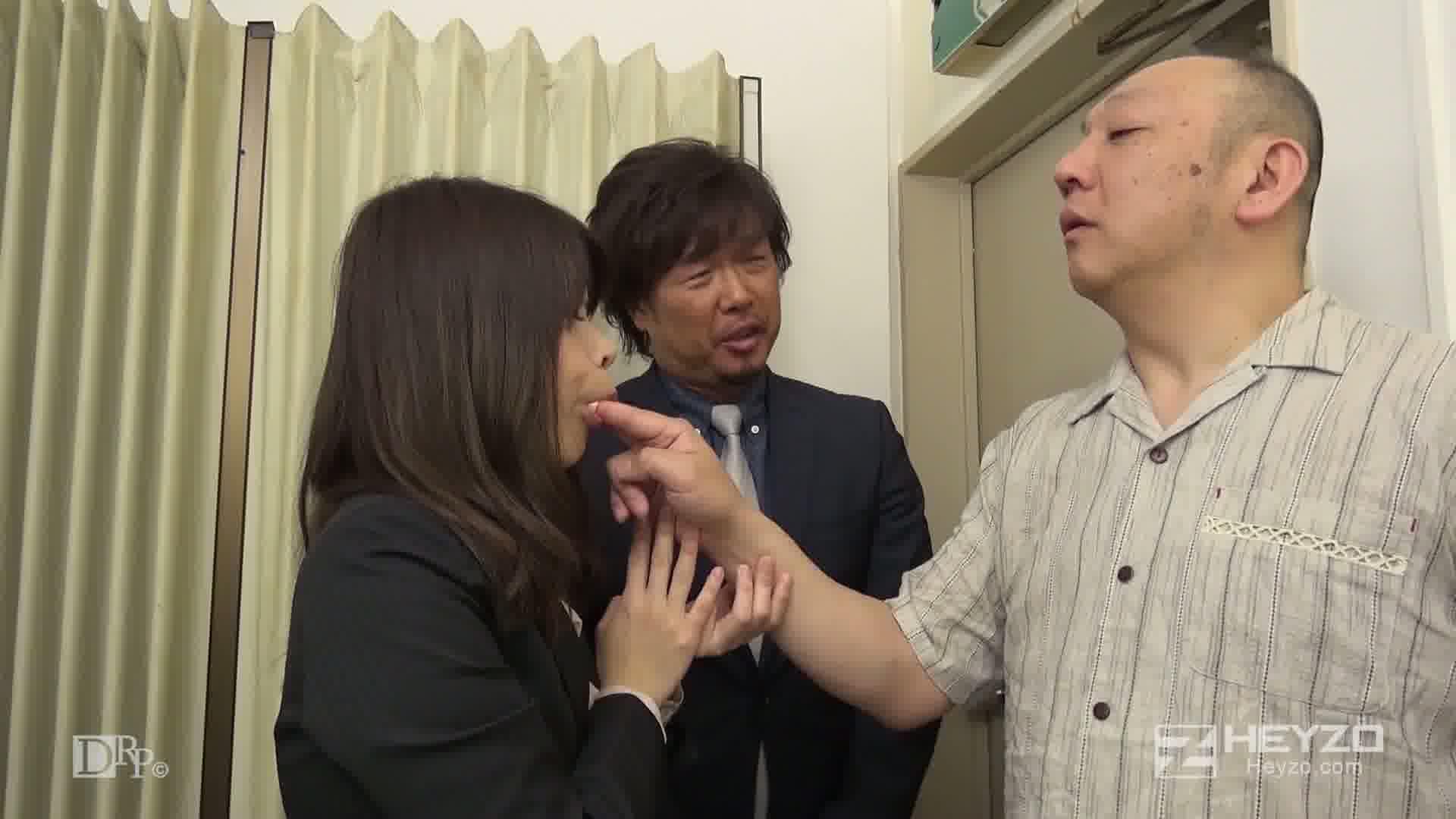 クレーム処理の生贄にされた女 - 菅野みらい【指ナメ フェラ 口内射精】