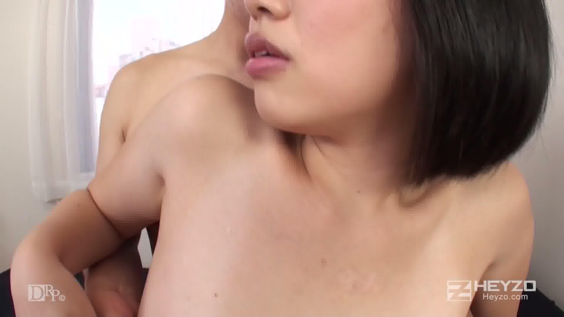 尻フェチバカップルの淫欲プレイ~アナルがひくひくしちゃう~ - 佐倉めい【バス ご開帳 アナル舐め 立ちバック キス】