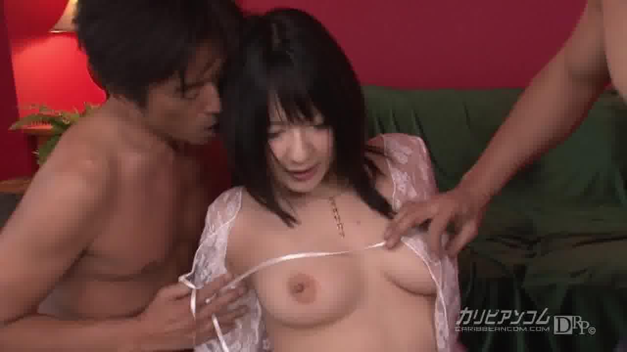 ハメ狂い淫乱交 - 遥めぐみ【乱交・水着・潮吹き】