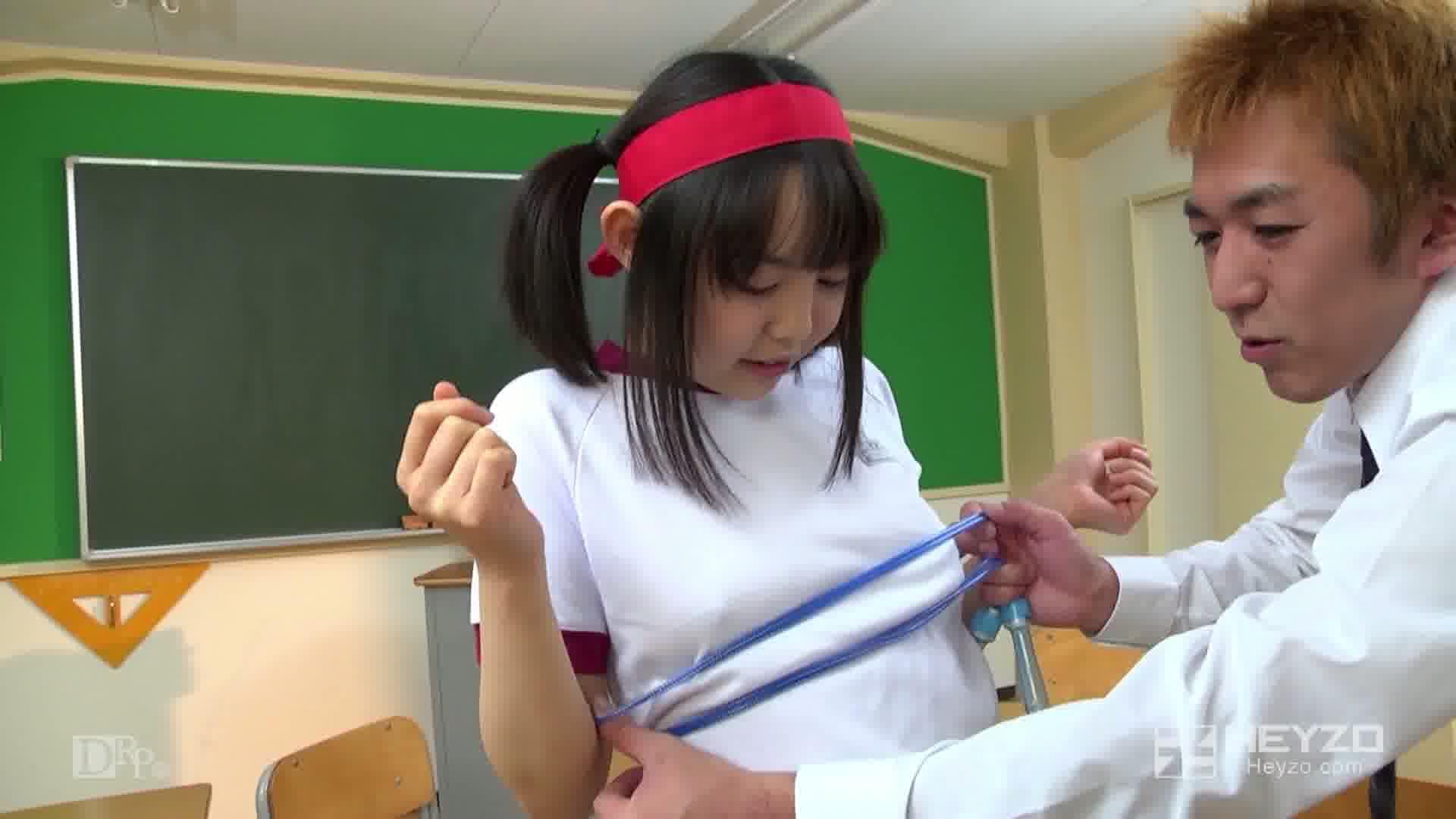 ロリっ娘の濡れたブルマ~変態コスプレ教室~ - 伊澄知世【クンニ 指マン 縄跳び フェラ】