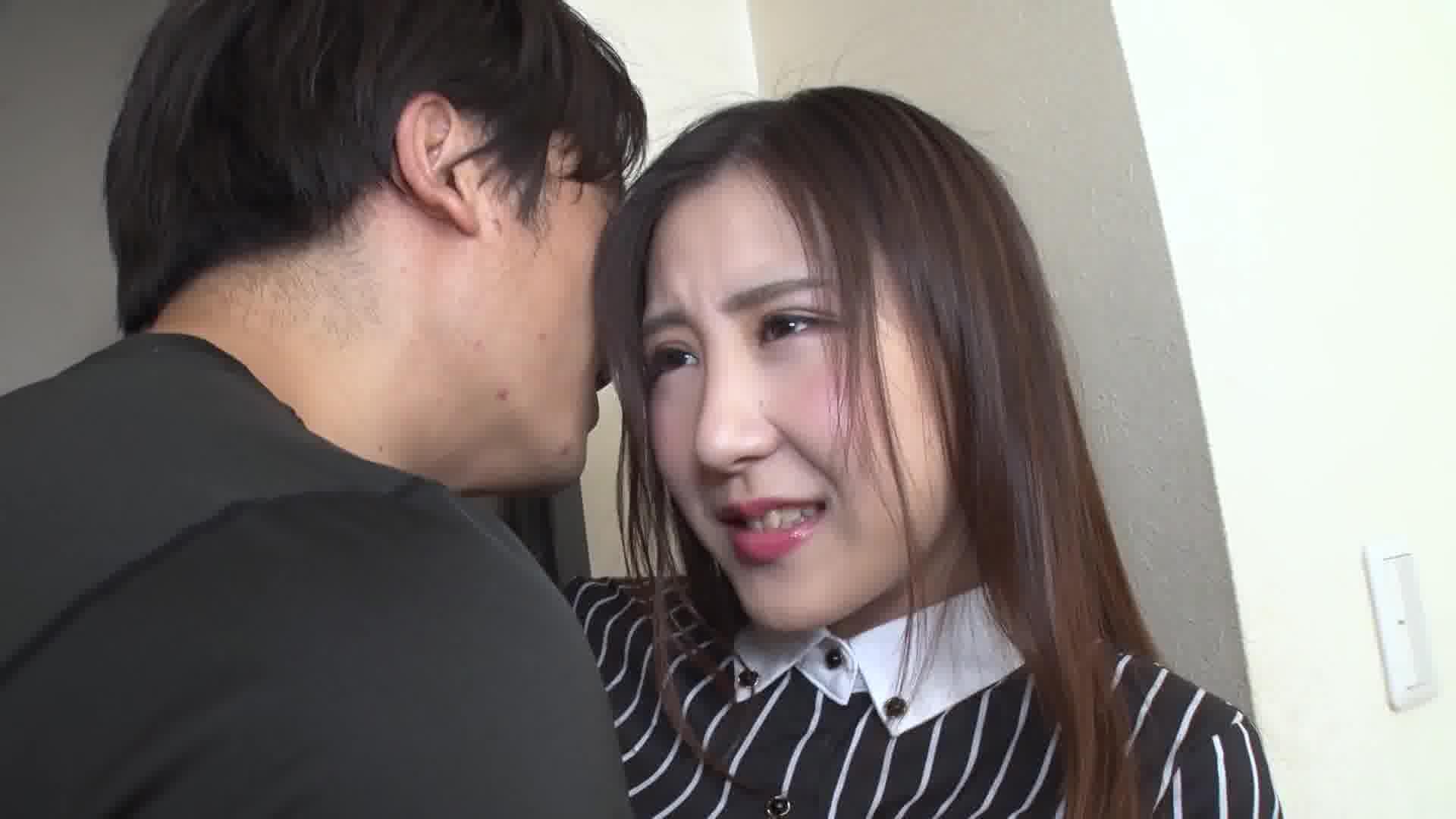 忘れられない男と密に濡れる美人妻 - 櫻井えみ【スレンダー・イラマチオ・中出し】