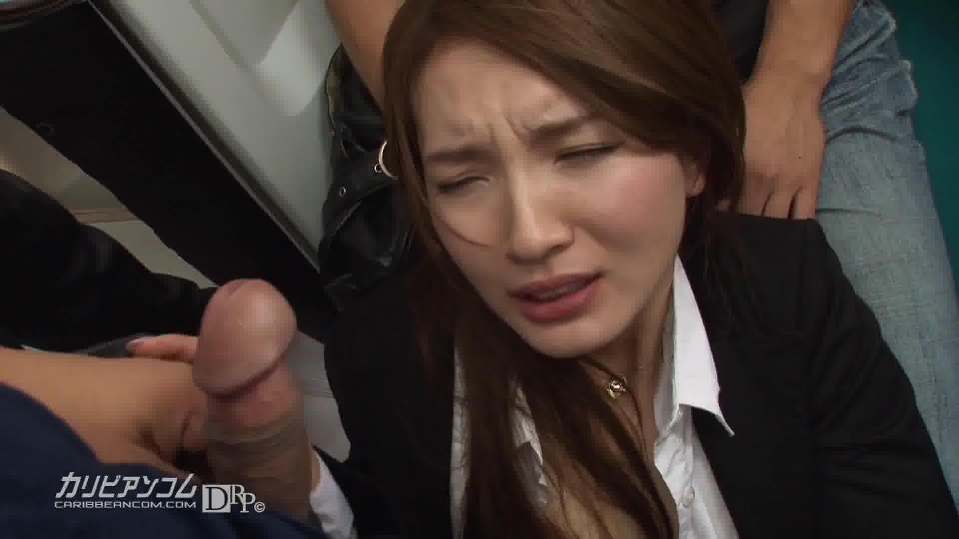 痴漢電車 ~狙われた美人OL~ - 葉山瞳【ぶっかけ・痴漢・OL】