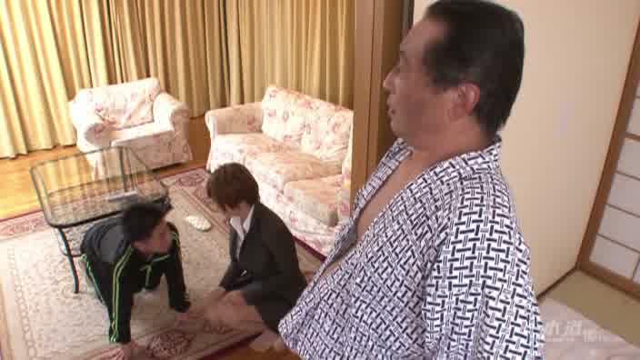 巨乳パイパン射精介助士物語 後編【小坂めぐる】
